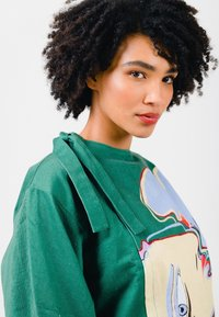 Solai - ABSTRACT FACES  - Light jacket - evergreen - 7