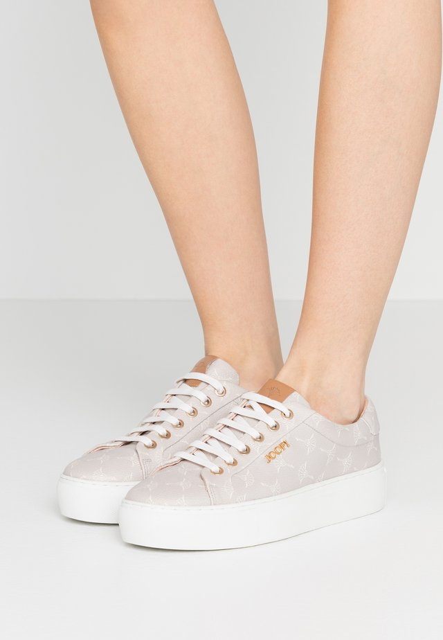 CORTINA DAPHNE - Sneaker low - light grey