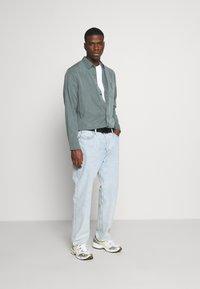 Weekday - OVERSIZED  - T-shirt - bas - white - 1