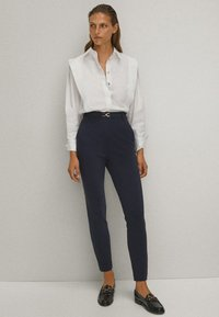 Massimo Dutti - Trousers - blue-black denim - 2