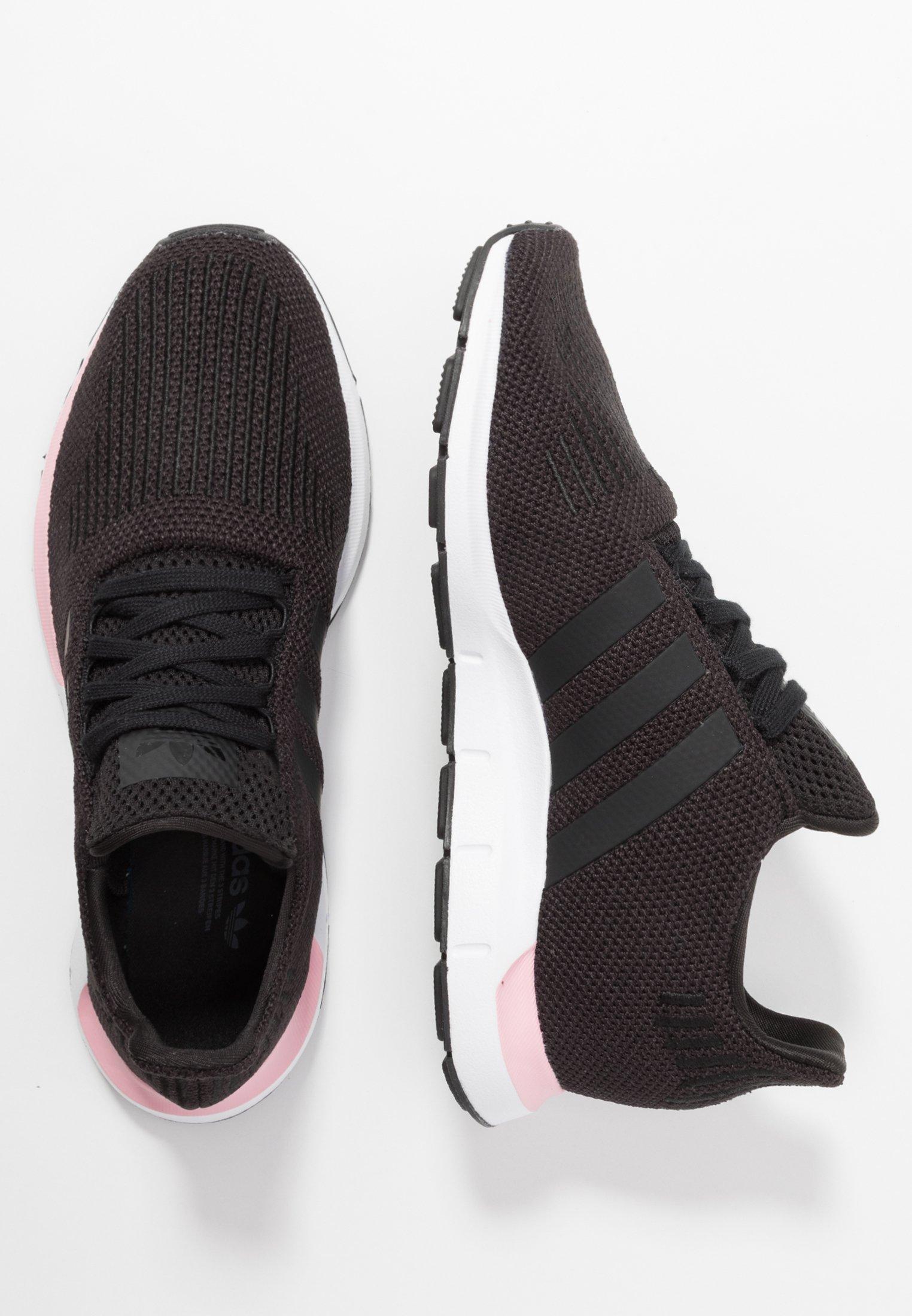 SWIFT RUN Sneaker low core blacktrue pink