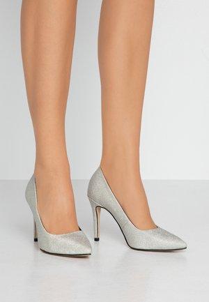 High heels - silver glam