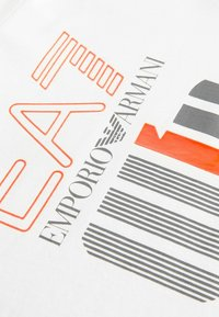 EA7 Emporio Armani - Print T-shirt - weiss - 2