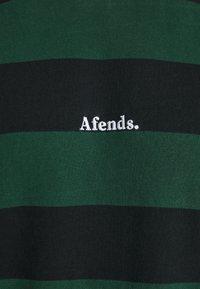 Afends - IN BLOOM RETRO FIT TEE - T-shirt print - black - 5