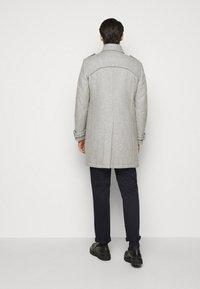 DRYKORN - SKOPJE - Krátký kabát - light grey - 2