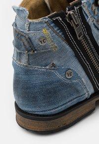 Yellow Cab - INDUSTRIAL - Šněrovací kotníkové boty - yeans - 5