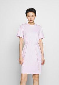 Filippa K - CREW NECK  DRESS - Žerzejové šaty - lilac snow - 0