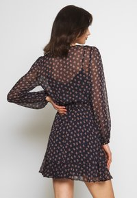 Forever New - WRAP DRESS WITH DITSY FLORAL PRINT - Kjole - black - 2