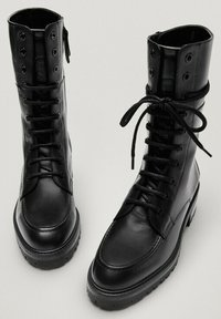 Massimo Dutti - Lace-up ankle boots - black - 2