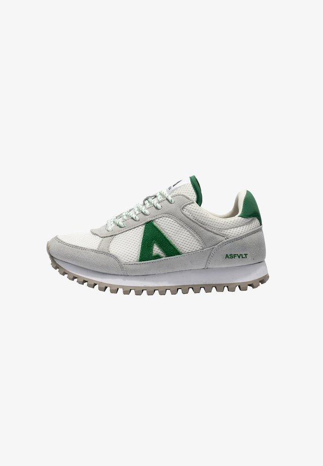 CHASE - Sneakers laag - w/green