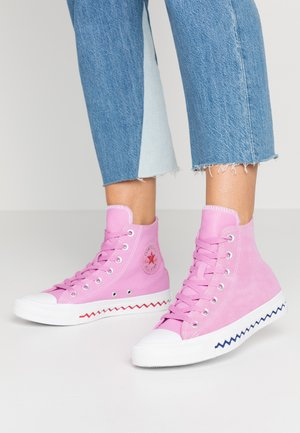 CHUCK TAYLOR ALL STAR TONGUE - Höga sneakers - peony pink/university red/rapid teal