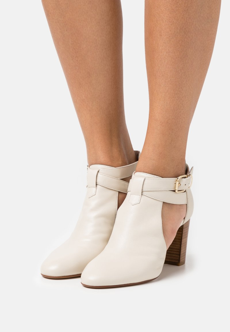 San Marina - AULHORA - Ankle boots - ivoire