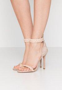 Trussardi Jeans - Korolliset sandaalit - rose - 0