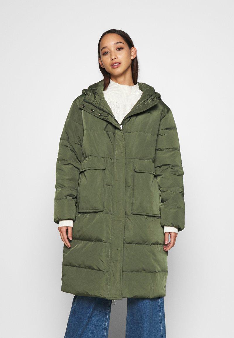 Nümph - NUBRYNLEE COAT - Down coat - deep depth