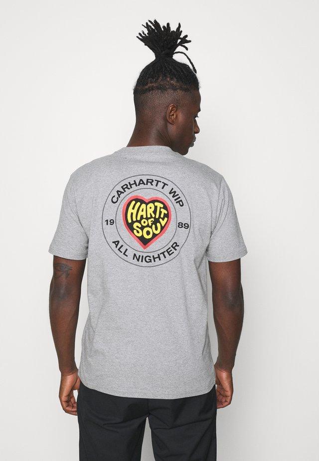 HARTT OF SOUL - T-shirt imprimé - grey heather