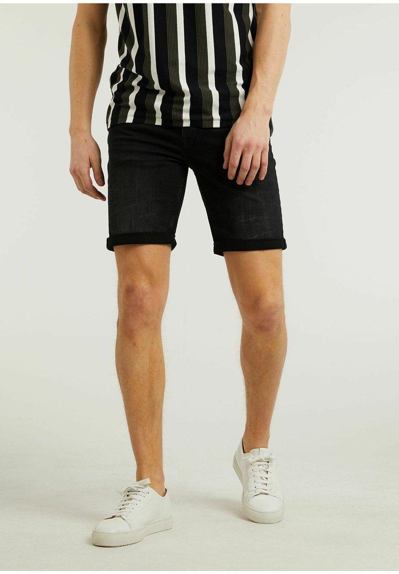 CHASIN' - Denim shorts - black