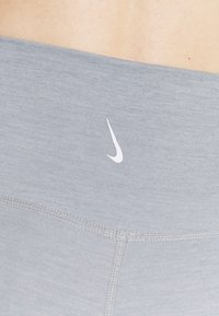 Nike Performance - Tights - particle grey - 5