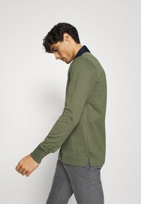 GANT - THE ORIGINAL HEAVY RUGGER - Polo shirt - dark green - 3