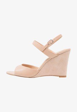 LEATHER HEELED SANDALS - Sandály na vysokém podpatku - nude