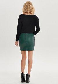 ONLY - ONLBASE  - Falda de tubo - dark green - 2