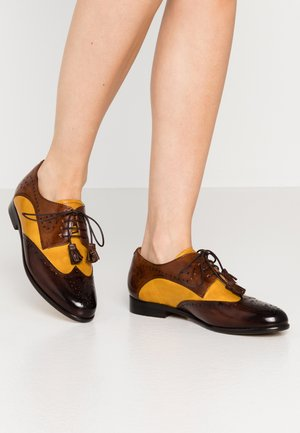 SELINA  - Zapatos de vestir - mid brown/indi yellow/wood
