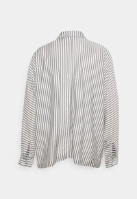 Carin Wester - BLOUSE BRIENNE - Button-down blouse - white - 7