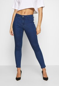 Missguided Petite - ANARCHY MID RISE - Jeans Skinny Fit - indigo - 0