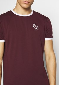 CLOSURE London - SIGNATURE RINGER TEE 3Pack - Basic T-shirt - greymarl/port/navy - 4
