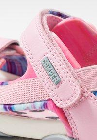Camper - OUS - Chodecké sandály - pink - 2