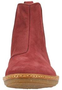 El Naturalista - Classic ankle boots - rioja - 5