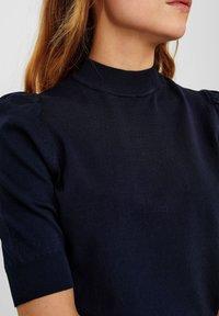 Nümph - NUCARYN - Print T-shirt - dark sapphire - 2