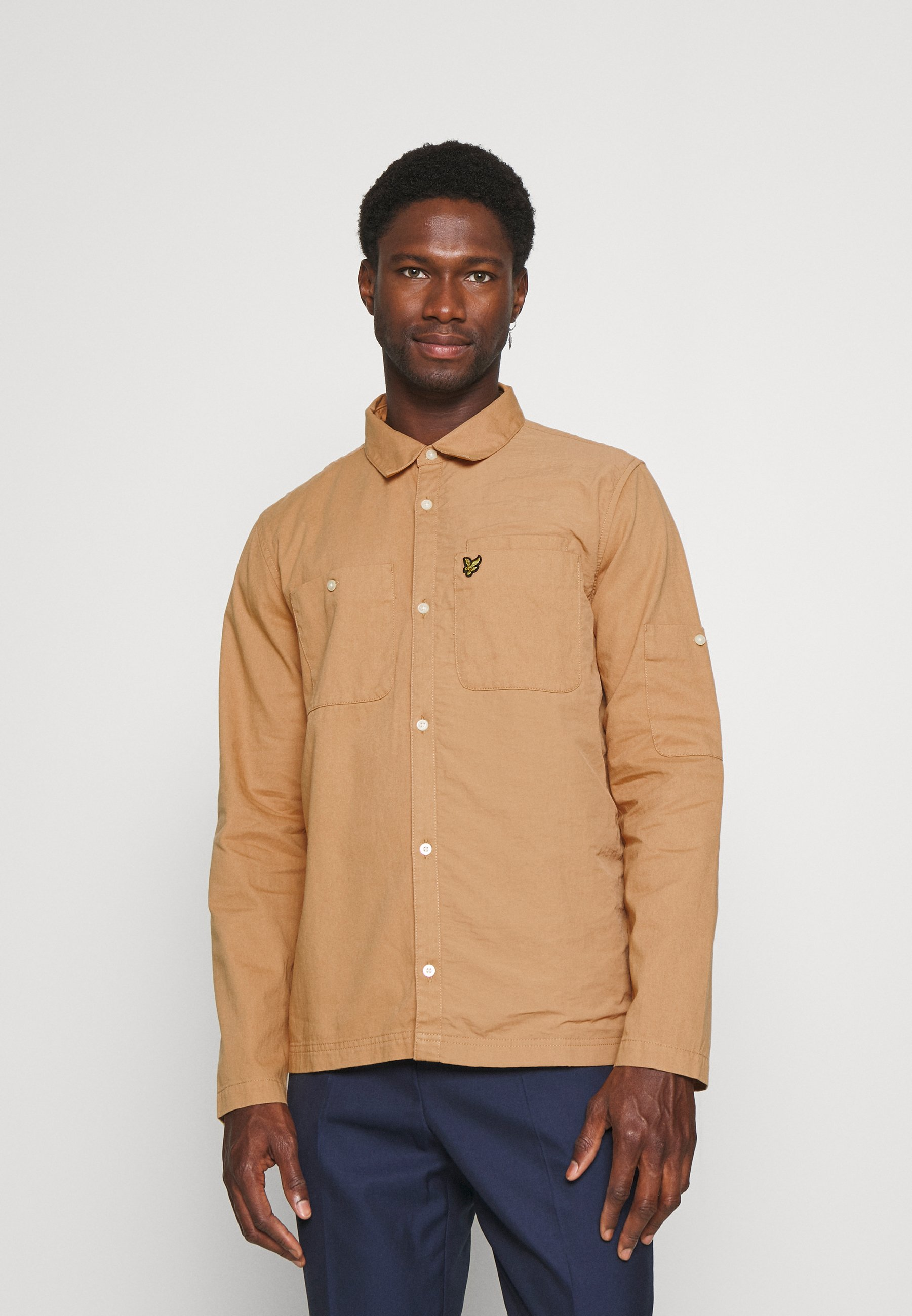 Men TECH POCKET OVERSHIRT - Summer jacket