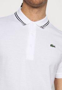 Lacoste Sport - DETAILED COLLAR - Poloshirt - white/black - 4