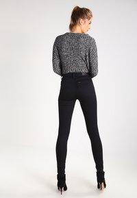 Lee - SCARLETT HIGH - Jeansy Skinny Fit - black rinse - 2