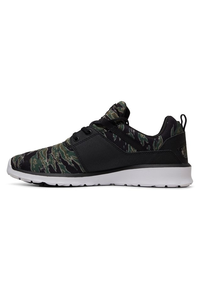 HEATHROW - Sneakers laag - black/camo print
