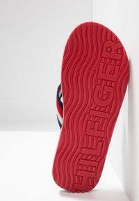 Tommy Hilfiger - CORPORATE BEACH - T-bar sandals - blue - 4