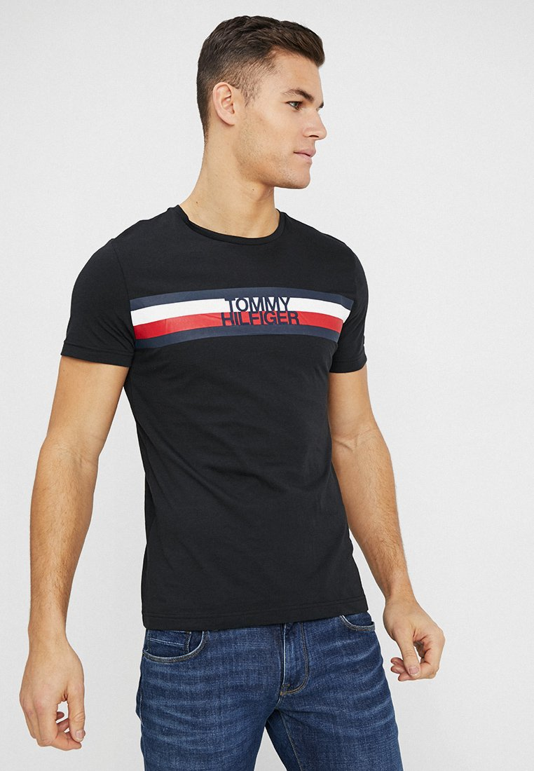 Tommy Hilfiger - LOGO TEE - T-Shirt print - black