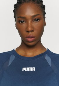 Puma - PAMELA REIF X PUMA COLLECTION  BOXY TEE - T-Shirt print - blue - 5