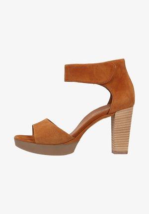 Sandalen met hoge hak - caramel