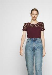 Anna Field - Print T-shirt - winetasting - 3