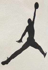 Jordan - JAN TOTE BAG - Sacchetto sportivo - natural canvas - 3