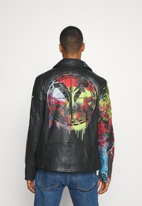 Carlo Colucci - JACKET WITH PRINT PERFECTO - Leather jacket - black - 2