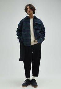 PULL&BEAR - Fleece jacket - dark blue - 1