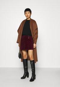 Dorothy Perkins - WRAP BUTTON SKIRT - Mini skirt - purple - 1
