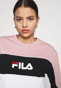 Fila - AMINA BLOCKED CREW NECK - Sweatshirt - white/pale mauve/black - 3