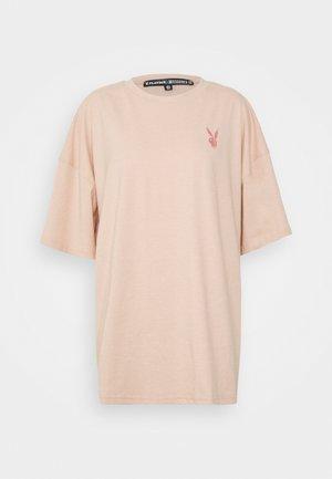 PLAYBOY LOGO DETAIL OVERSIZED - Print T-shirt - blush