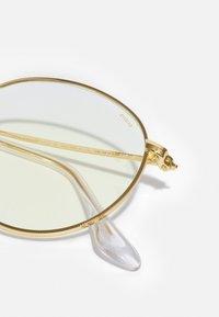 Ray-Ban - PHOTOCHROMIC BLUE LIGHT UNISEX - Sluneční brýle - legend gold-coloured - 4