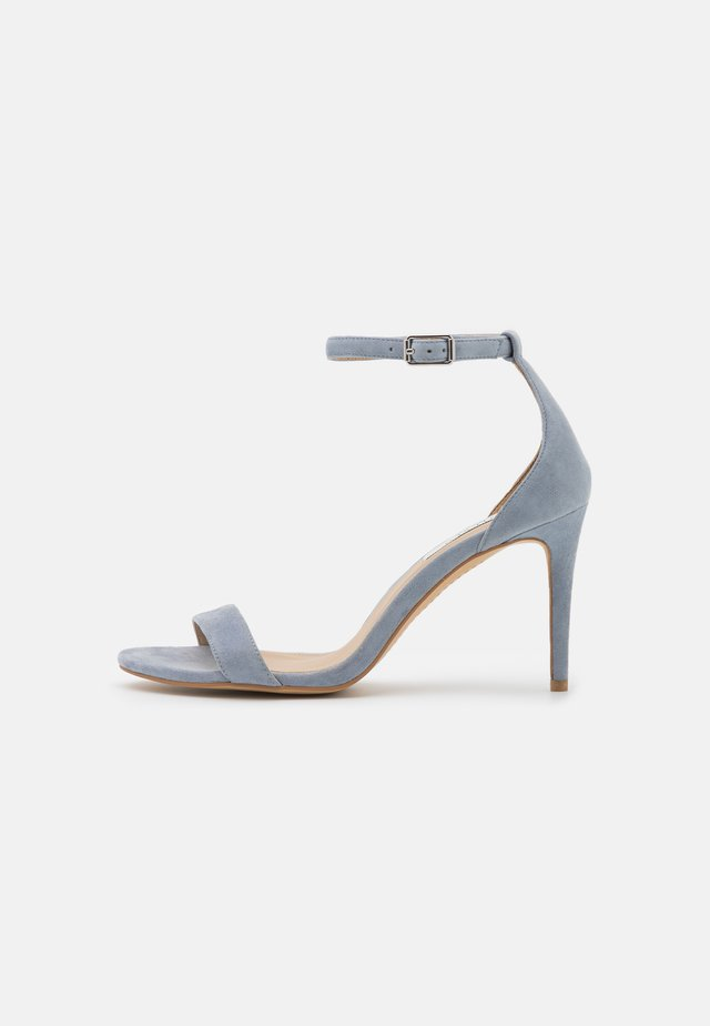 TATUM - Sandalen - light blue