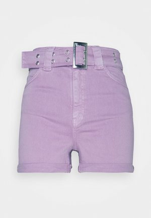PAMELA REIF X NA-KD BELTED - Denim shorts - wild orchid