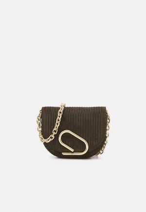 ALIX MINI CARDCASE ON CHAIN - Across body bag - olive